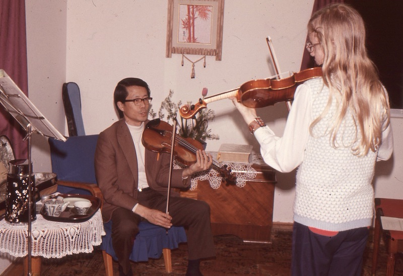 Marilyn at her violin lesson